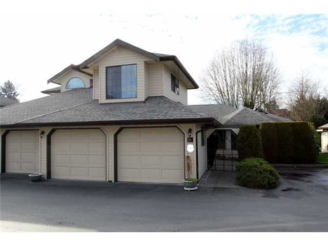 Main Photo: 10 9515 Woodbine Street in Chilliwack: Townhouse for sale : MLS® # H1400060