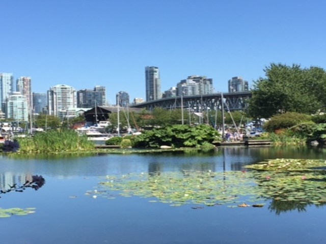 Main Photo: 1581 MARINER WK in Vancouver: False Creek Condo for sale (Vancouver West)  : MLS® # V1127219