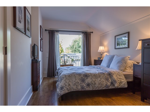 Photo 11: 2233 TRAFALGAR ST in Vancouver: Kitsilano House for sale (Vancouver West)  : MLS® # V1137194