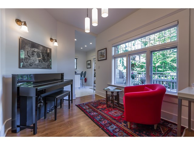 Photo 8: 2233 TRAFALGAR ST in Vancouver: Kitsilano House for sale (Vancouver West)  : MLS® # V1137194