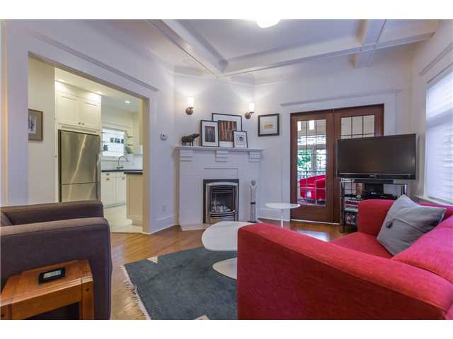 Photo 5: 2233 TRAFALGAR ST in Vancouver: Kitsilano House for sale (Vancouver West)  : MLS® # V1137194