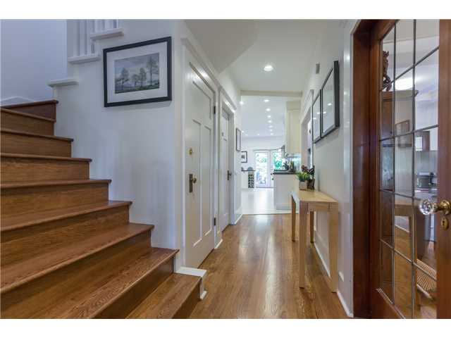 Photo 9: 2233 TRAFALGAR ST in Vancouver: Kitsilano House for sale (Vancouver West)  : MLS® # V1137194