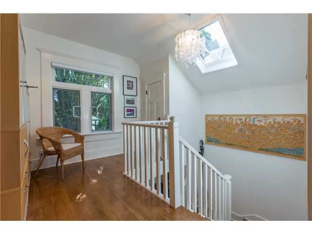 Photo 10: 2233 TRAFALGAR ST in Vancouver: Kitsilano House for sale (Vancouver West)  : MLS® # V1137194