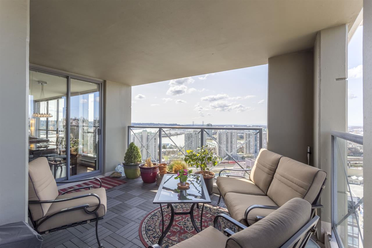 Main Photo: 2102 850 ROYAL AVENUE in New Westminster: Downtown NW Condo for sale : MLS® # R2155890