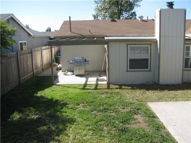 Photo 10: MIRA MESA House for sale : 3 bedrooms : 10937 Belgian Street in San Diego