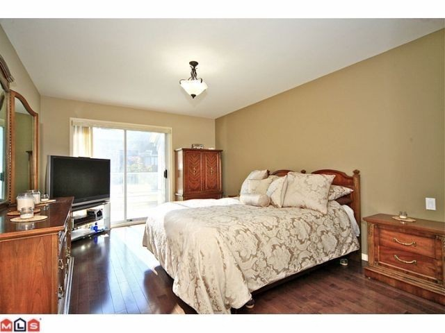 "Photo 6: 102 4001 OLD CLAYBURN Road in Abbotsford: Abbotsford East Townhouse for sale in ""CEDAR SPRINGS"" : MLS® # F1306251"