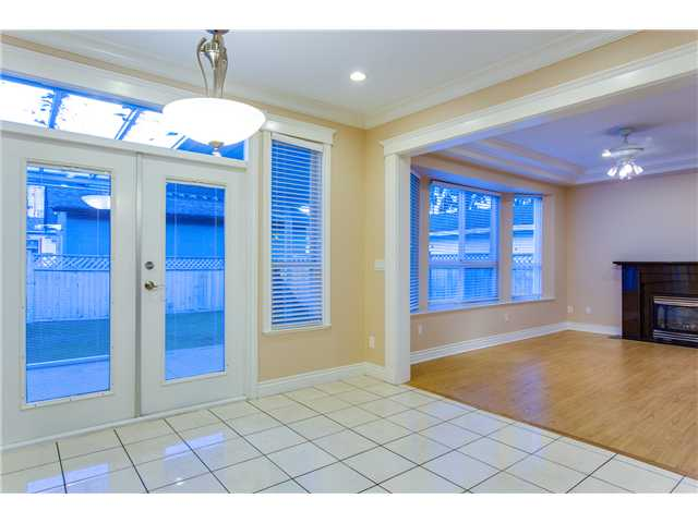 Photo 8: 1588 BLAINE AV in Burnaby: Sperling-Duthie House 1/2 Duplex for sale (Burnaby North)  : MLS® # V1093688
