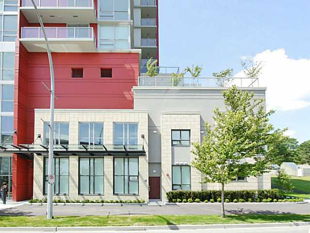 Main Photo: # TH1 125 COLUMBIA ST in New Westminster: Downtown NW Condo for sale : MLS® # V1109164