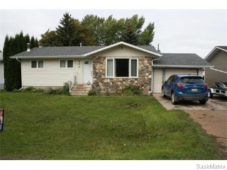Main Photo: 306 4TH AVENUE: Osler Single Family Dwelling for sale (Saskatoon NW)  : MLS(r) # 548822