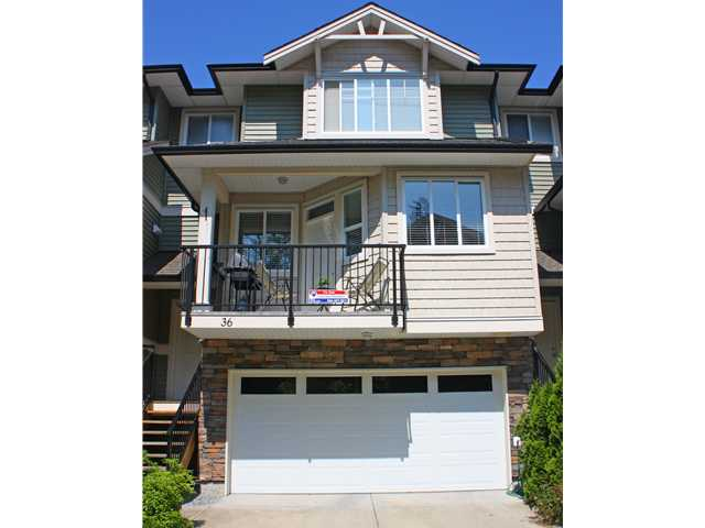 "Main Photo: 36 11720 COTTONWOOD Drive in Maple Ridge: Cottonwood MR Townhouse for sale in ""COTTONWOOD GREEN"" : MLS® # V960971"