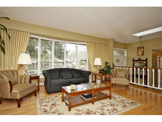 "Photo 2: 1698 133A Street in Surrey: Crescent Bch Ocean Pk. House for sale in ""Amblegreene"" (South Surrey White Rock)  : MLS® # F1302661"