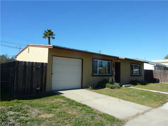 Main Photo: CLAIREMONT House for sale : 2 bedrooms : 4552 Gila Avenue in San Diego