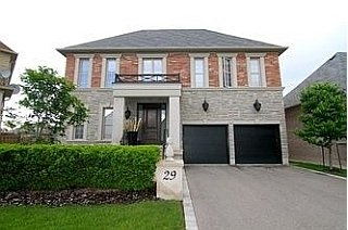 Main Photo: 29 Little Natalie Crt, Vaughan