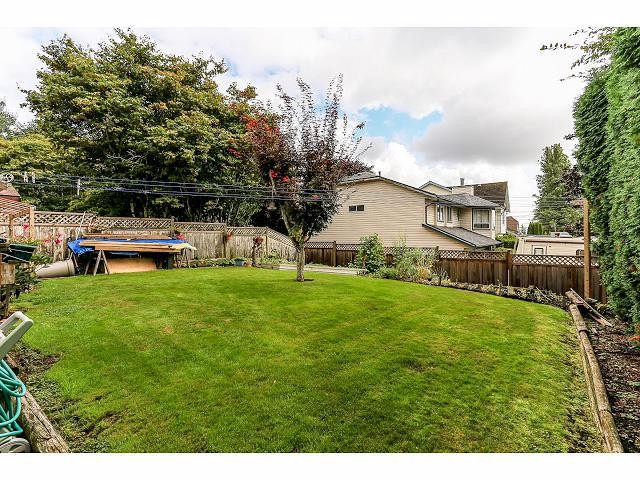 Photo 18: 6010 191A ST in Surrey: Cloverdale BC House for sale (Cloverdale)  : MLS® # F1421473