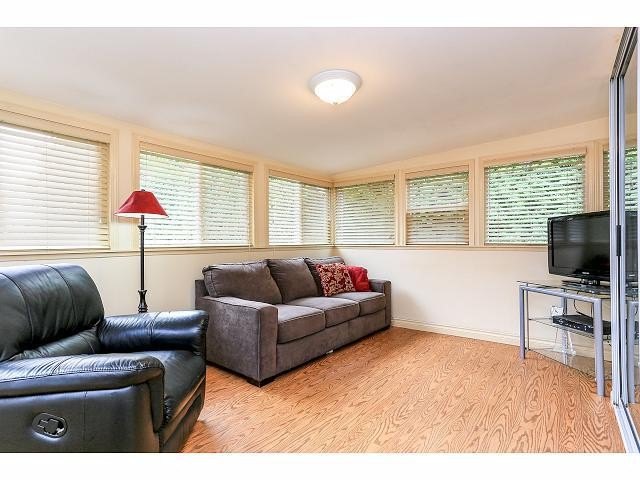 Photo 10: 6010 191A ST in Surrey: Cloverdale BC House for sale (Cloverdale)  : MLS® # F1421473