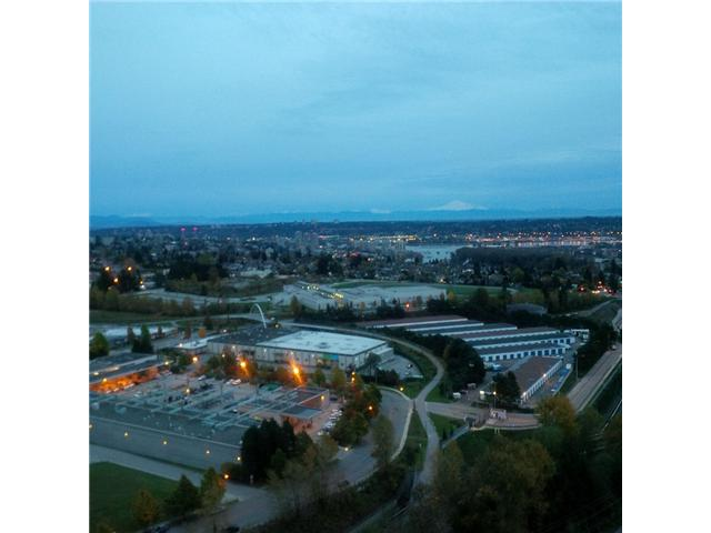 Photo 12: # 2401 6888 STATION HILL DR in Burnaby: South Slope Condo for sale (Burnaby South)  : MLS® # V1090475