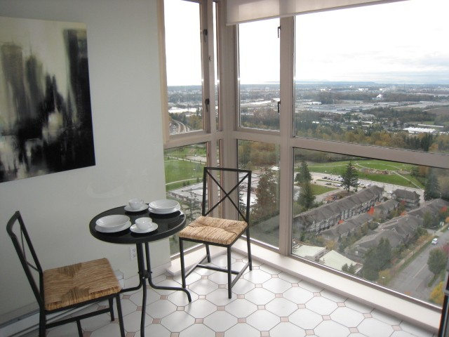 Photo 6: # 2401 6888 STATION HILL DR in Burnaby: South Slope Condo for sale (Burnaby South)  : MLS(r) # V1090475