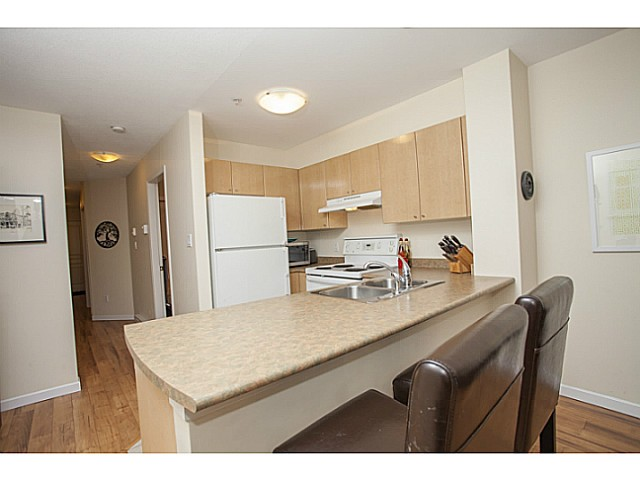Photo 6: # 104 3278 HEATHER ST in Vancouver: Cambie Condo for sale (Vancouver West)  : MLS® # V1105651