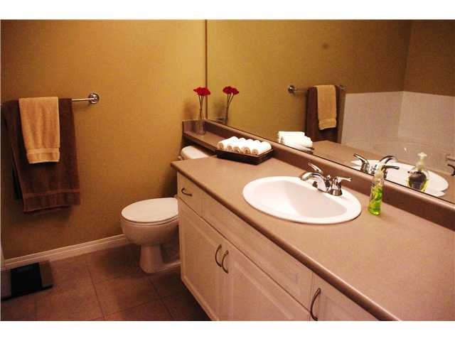 "Photo 8: 23 7788 ASH Street in Richmond: McLennan North Townhouse for sale in ""JADE GARDENS"" : MLS(r) # V978217"