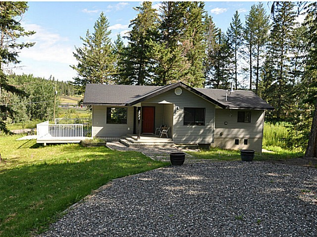 Main Photo: 4723 TELQUA Drive in 108 Mile Ranch: 108 Ranch House for sale (100 Mile House (Zone 10))  : MLS® # N223956