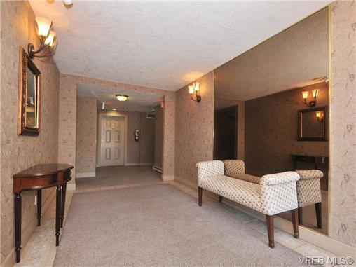 Photo 18: 201 1593 Begbie Street in VICTORIA: Vi Downtown Condo Apartment for sale (Victoria)  : MLS® # 340358