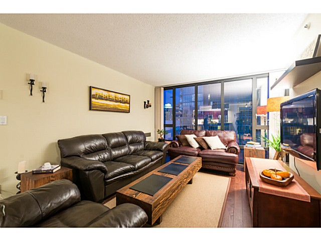 Photo 6: # 1807 950 CAMBIE ST in Vancouver: Yaletown Condo for sale (Vancouver West)  : MLS® # V1109233