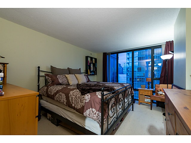 Photo 7: # 1807 950 CAMBIE ST in Vancouver: Yaletown Condo for sale (Vancouver West)  : MLS® # V1109233