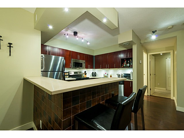 Photo 2: # 1807 950 CAMBIE ST in Vancouver: Yaletown Condo for sale (Vancouver West)  : MLS(r) # V1109233