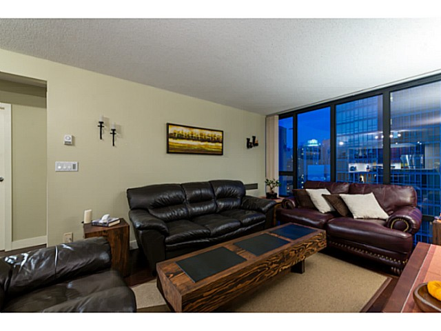 Photo 5: # 1807 950 CAMBIE ST in Vancouver: Yaletown Condo for sale (Vancouver West)  : MLS® # V1109233