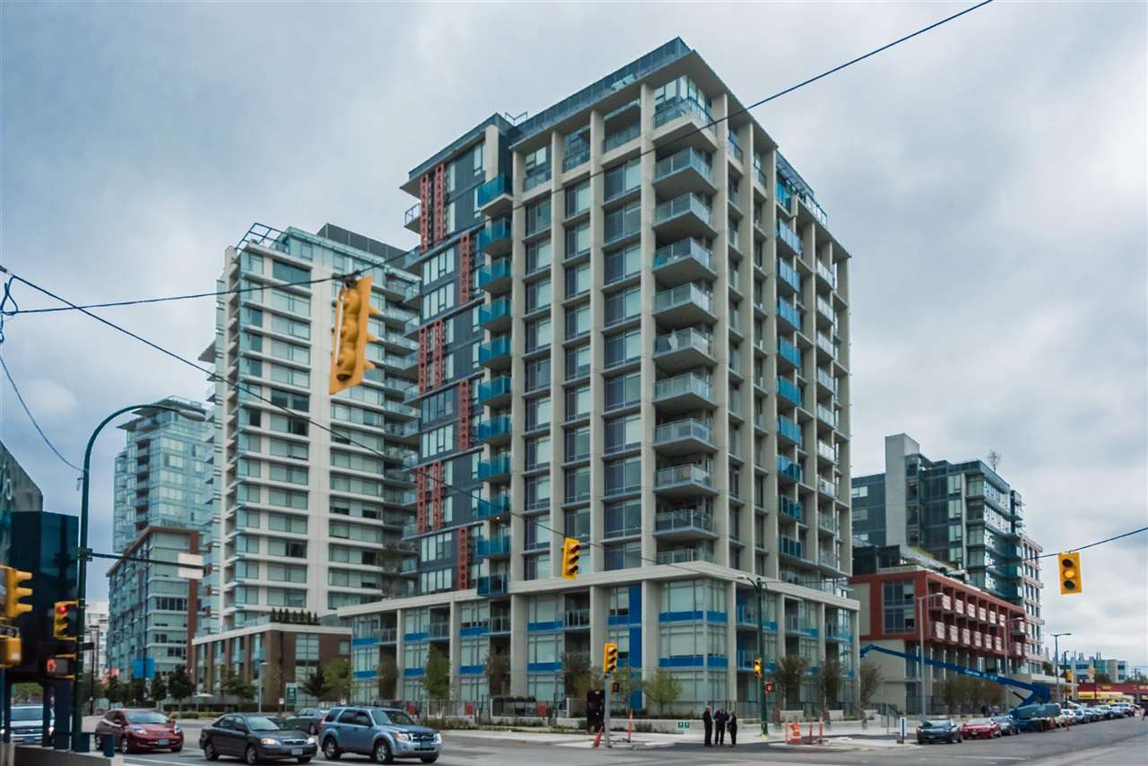 Main Photo: 1611 111 E 1ST AVENUE in Vancouver: Mount Pleasant VE Condo for sale (Vancouver East)  : MLS® # R2106776
