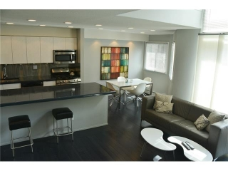 Main Photo: #19 711 3 AV SW in Calgary: Downtown Commercial Core Condo for sale : MLS(r) # C4075284