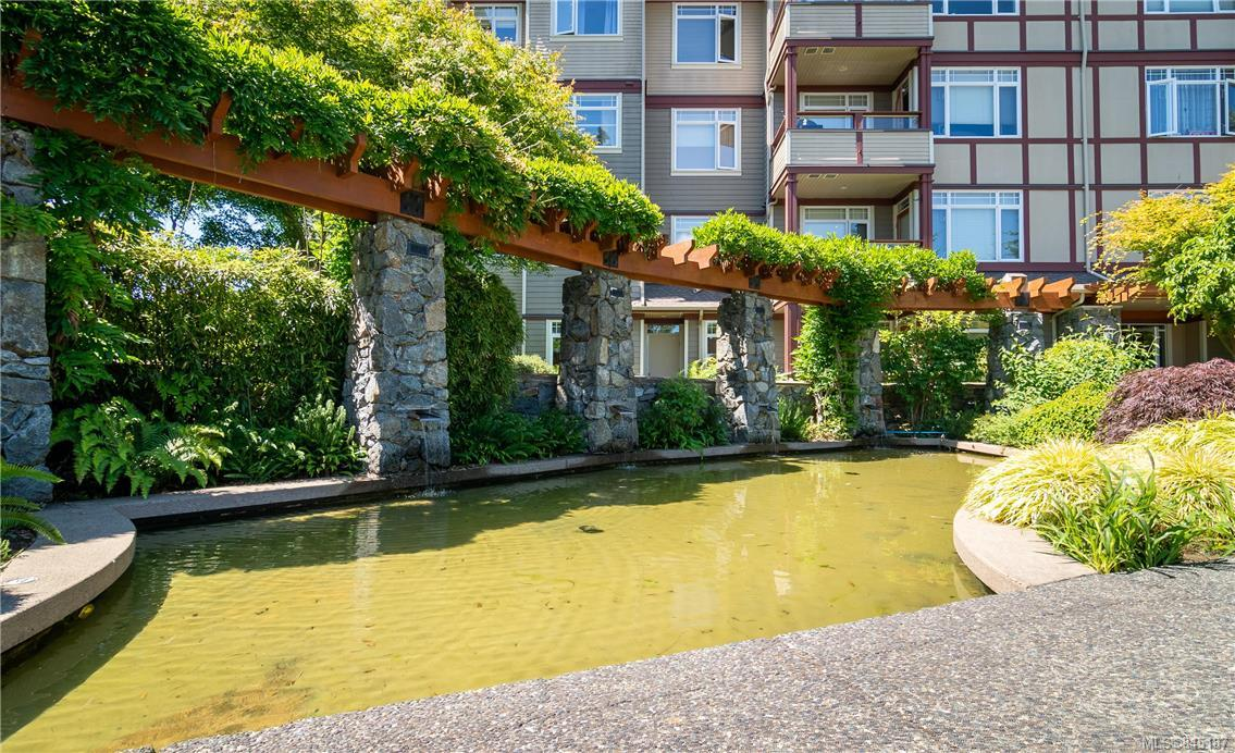 FEATURED LISTING: 302D - 1115 Craigflower Rd Esquimalt