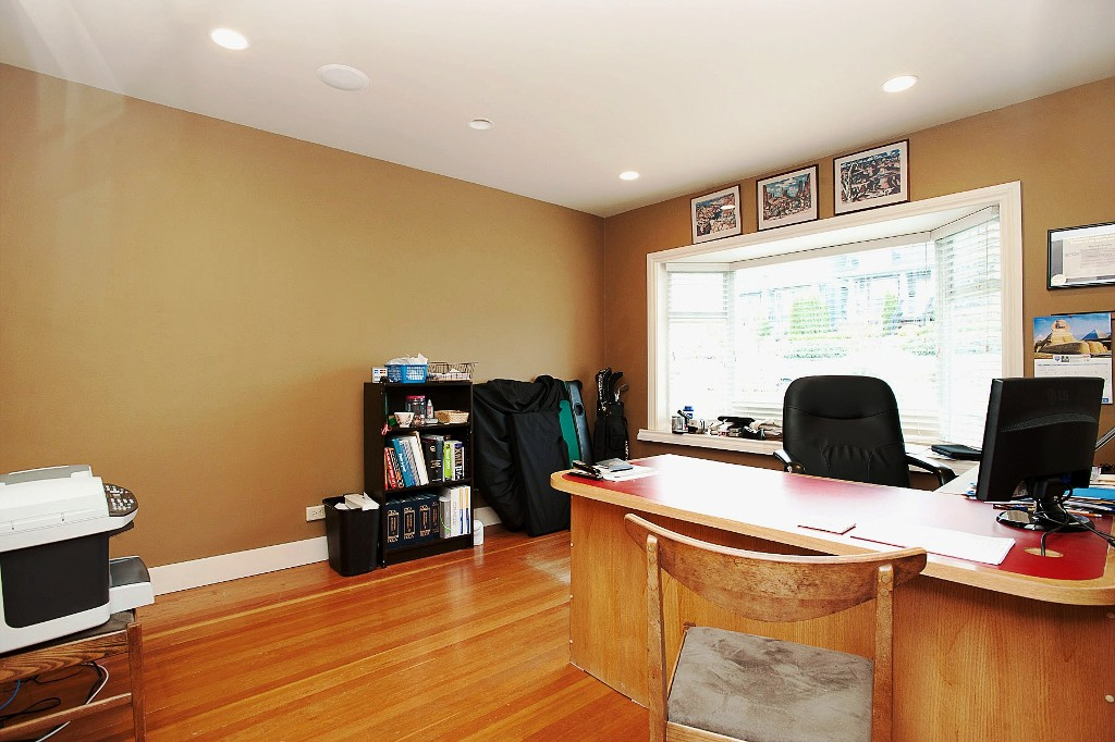 "Photo 6: 1702 7TH Avenue in New Westminster: West End NW House for sale in ""WEST END"" : MLS® # V997003"