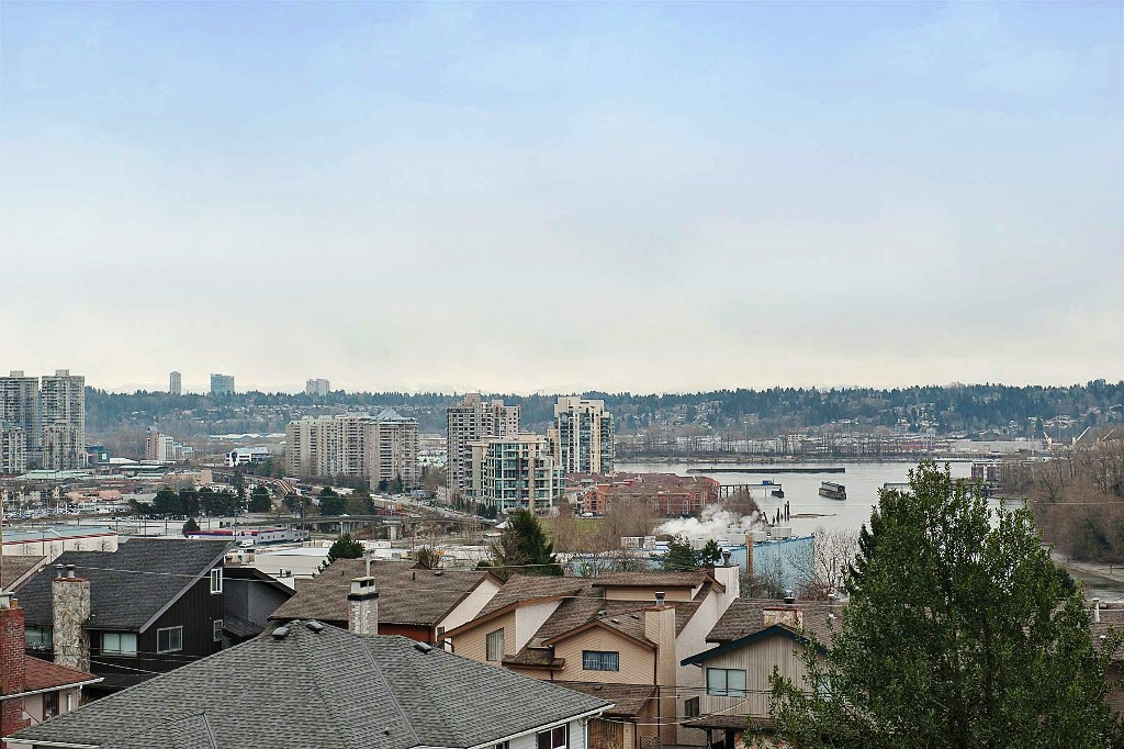 "Photo 16: 1702 7TH Avenue in New Westminster: West End NW House for sale in ""WEST END"" : MLS® # V997003"