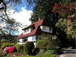 Main Photo: 1091 ESQUIMALT Avenue in West Vancouver: Sentinel Hill House for sale : MLS® # V1015059
