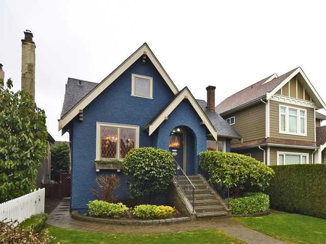 Main Photo: 2076 W 47TH AV in Vancouver: Kerrisdale House for sale (Vancouver West)  : MLS® # V1048324