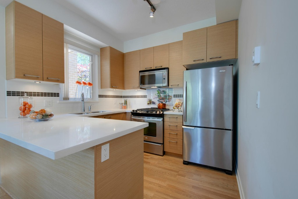 Photo 2: 7381 18TH ST in Burnaby: Edmonds BE Townhouse for sale (Burnaby East)  : MLS® # V1073475