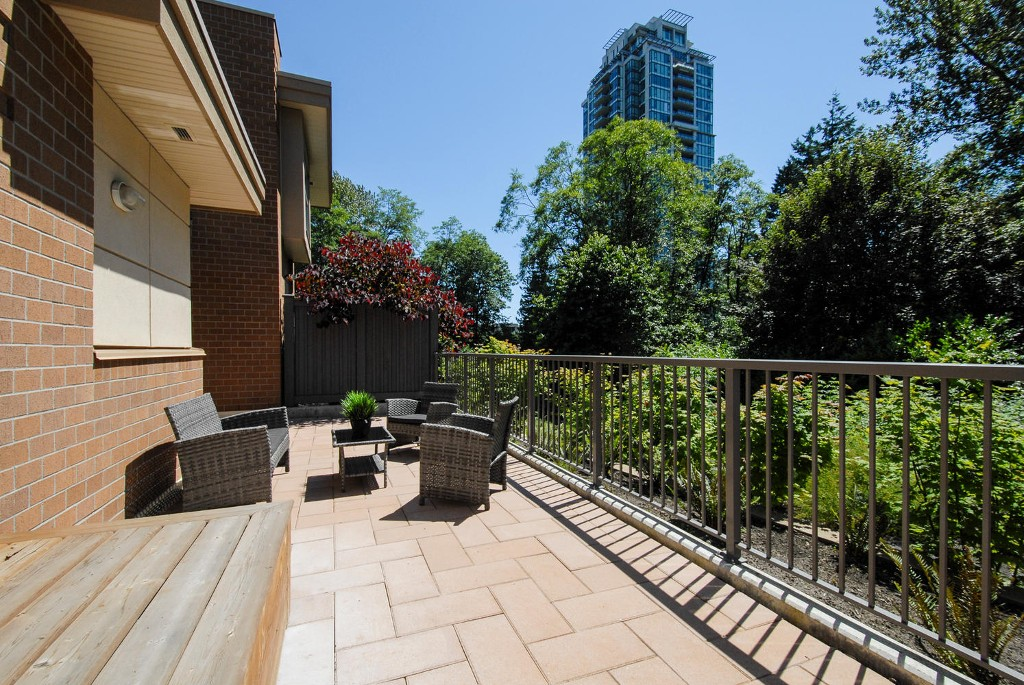 Photo 8: 7381 18TH ST in Burnaby: Edmonds BE Townhouse for sale (Burnaby East)  : MLS® # V1073475