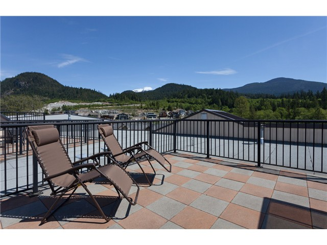 Main Photo: # 316 41105 TANTALUS RD in Squamish: Tantalus Condo for sale : MLS® # V1064218