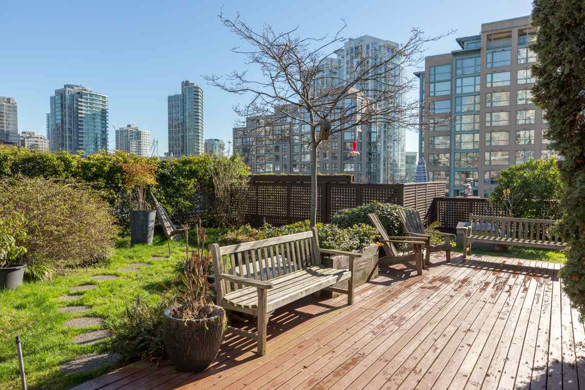 Photo 15: 201 1178 HAMILTON STREET in Vancouver: Yaletown Condo for sale (Vancouver West)  : MLS(r) # R2038460
