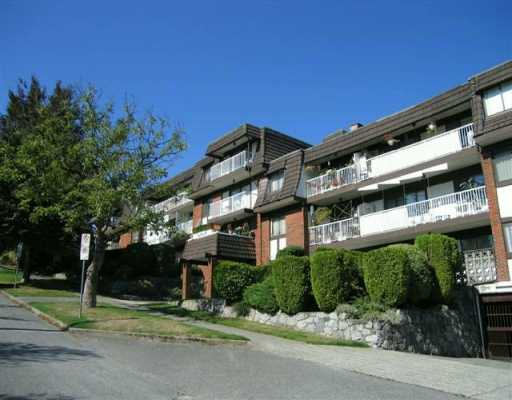 "Main Photo: 331 KNOX Street in New Westminster: Sapperton Condo for sale in ""Westmount Arms"" : MLS®# V627086"