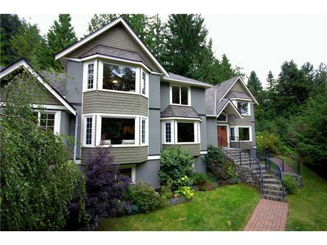 Main Photo: 4676 PROSPECT Road in North Vancouver: Upper Delbrook House for sale : MLS®# V945775