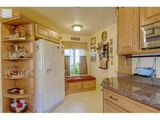 Photo 5: LA MESA House for sale : 3 bedrooms : 3851 King Street