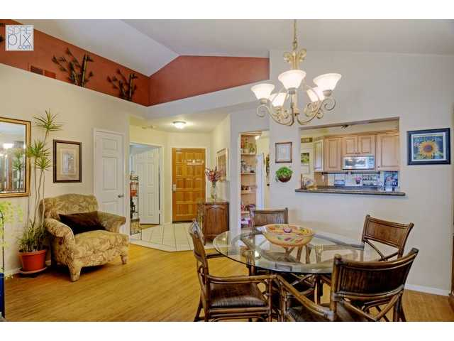 Photo 6: LA MESA House for sale : 3 bedrooms : 3851 King Street