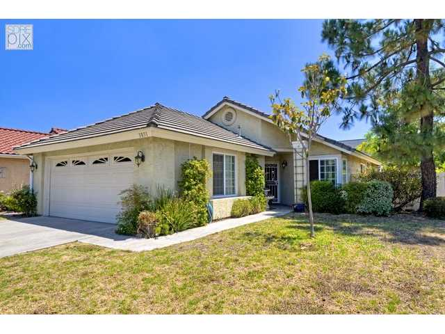 Main Photo: LA MESA House for sale : 3 bedrooms : 3851 King Street