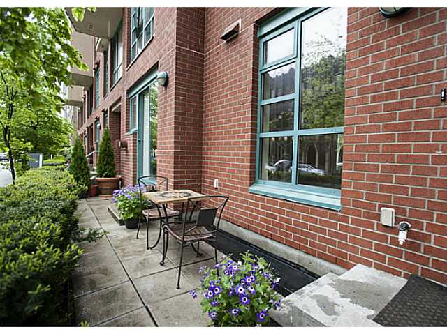 "Photo 15: 941 HOMER Street in Vancouver: Yaletown Townhouse for sale in ""Pinnacle"" (Vancouver West)  : MLS® # V1075845"