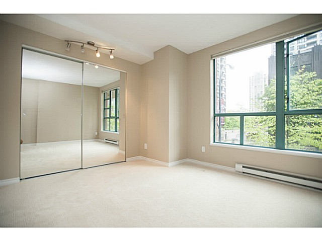 "Photo 7: 941 HOMER Street in Vancouver: Yaletown Townhouse for sale in ""Pinnacle"" (Vancouver West)  : MLS® # V1075845"