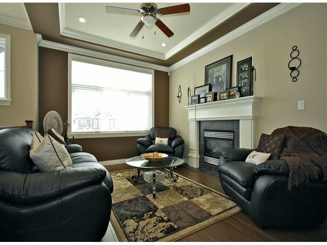 Photo 3: 32519 MITCHELL AV in Mission: Mission BC House for sale : MLS® # F1435524