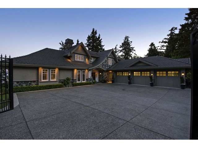 Main Photo: 12990 13TH AV in Surrey: Crescent Bch Ocean Pk. House for sale (South Surrey White Rock)  : MLS® # F1440679