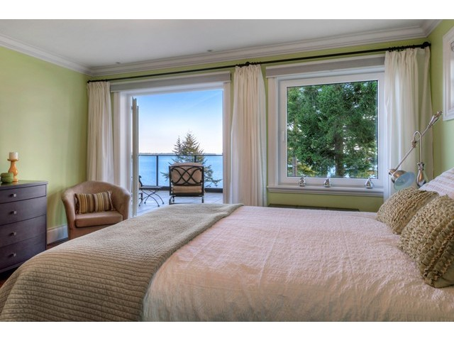 Photo 11: 12990 13TH AV in Surrey: Crescent Bch Ocean Pk. House for sale (South Surrey White Rock)  : MLS® # F1440679